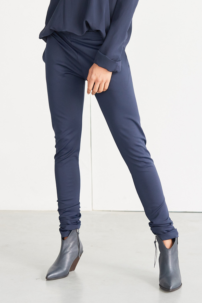 monique van heist legging navy lycra