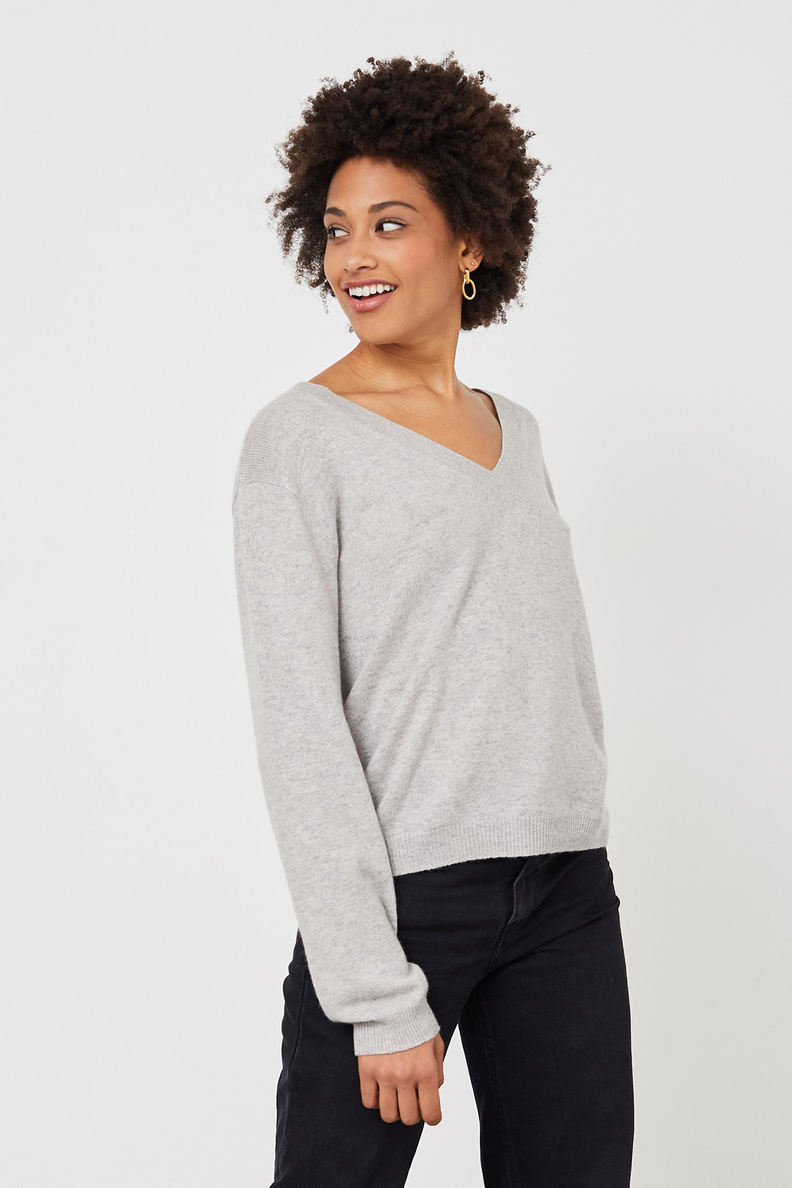 people's republic of cashmere vneck grey