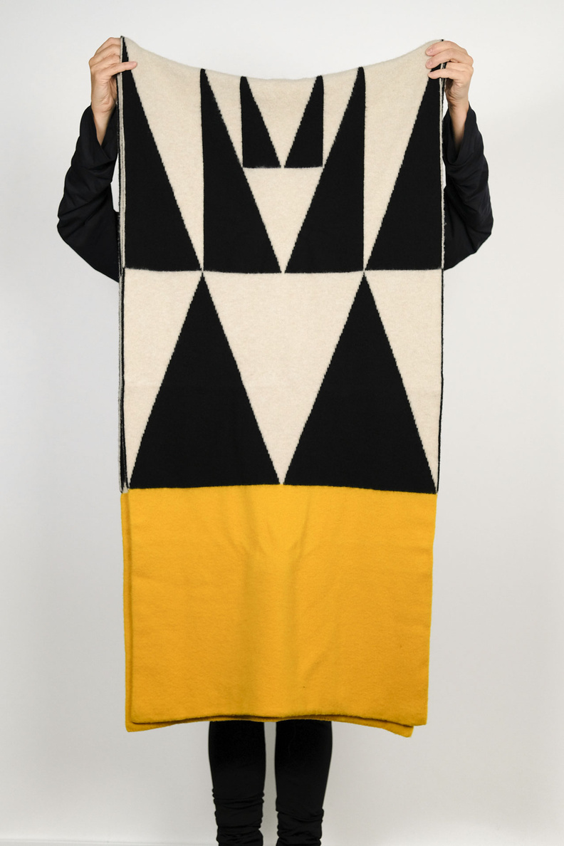 jo gordon brushed geometric blanket scarf